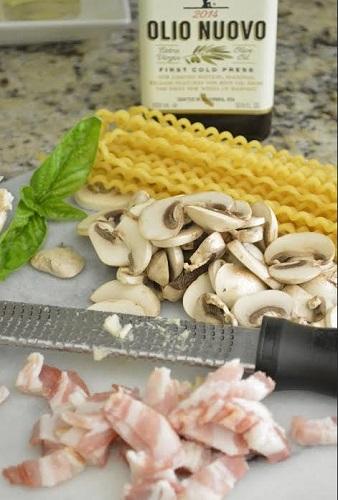 Pasta Carbonara With Mushrooms Recipe